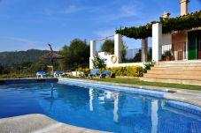 Casa rural con piscina en Alcúdia