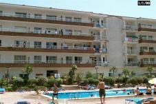 Apartamento con piscina en la zona de Mas terrats