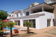 Villa en Rosas con terraza
