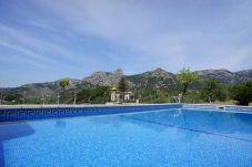 Casa rural con piscina en Bunyola