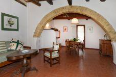 Apartamento en Collesalvetti para 5 personas con 2 habitaciones