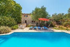 Villa en Costitx para 8 personas con 3 habitaciones