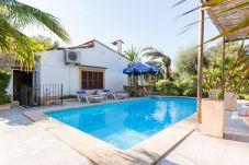 Villa de 2 habitaciones a 10 km de la playa