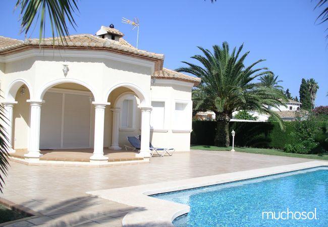 Villa con amplio jardín en Els Poblets - Ref. 76618-18
