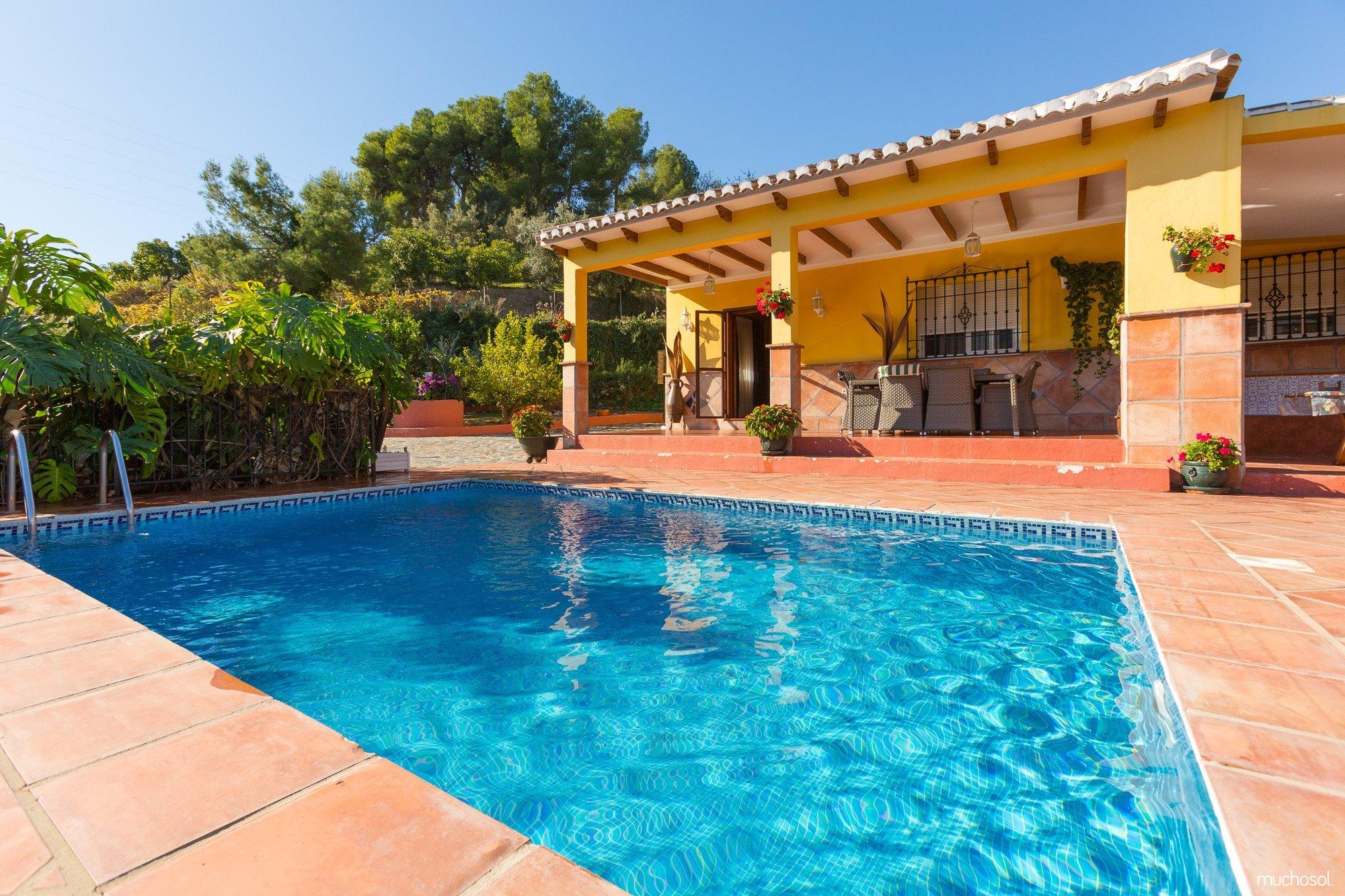 Apartamentos, Casas y Villas en Frigiliana【ALQUILER SEGURO】