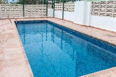 Apartamento con piscina en Gandia