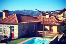 Alquiler por habitaciones con piscina en Gerês