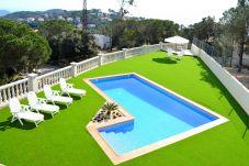 Villa en Lloret de Mar a 1000 m de la playa