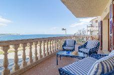 Apartamento de 2 habitaciones a 450 m de la playa