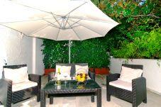 Apartamento con piscina en Marbella