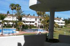 Apartamento en primera línea de campo de golf de Mijas Costa