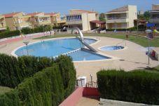 Villa con piscina cerca del parque natural en Peñíscola