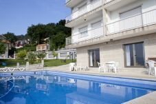 Apartamento con piscina en Raxó