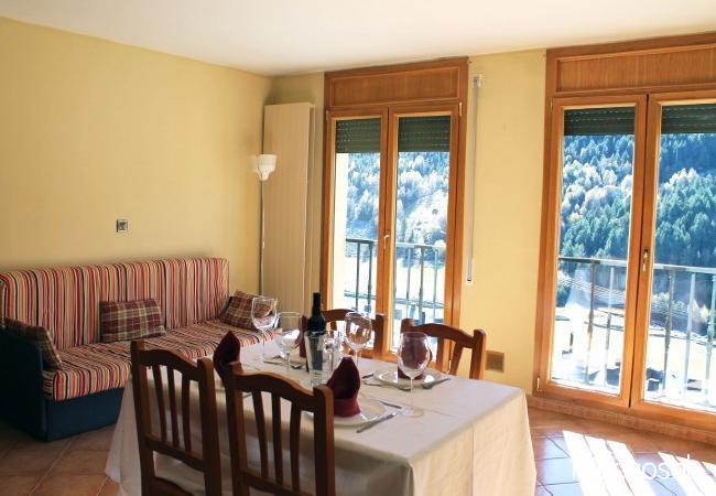 Complejo de apartamentos para 12 personas en Soldeu - Ref. 115427-2