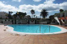 Apartamento con piscina en Tías