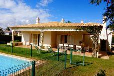 Villa de 5 habitaciones a 3 km de la playa